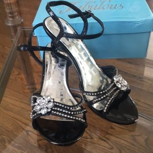 Other - Fabulous brand pageant shoes. Size 4 Worn once
